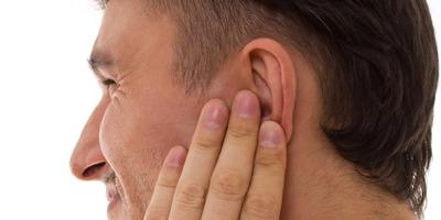 شکل گیری آکنه در گوش, درمان خانگی درمان جوش,ایجاد جوش در گوش, جوش سر سیاه در گوش