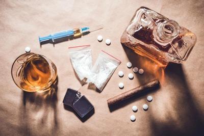 درمان اعتیاد به شیشه, ترک شیشه به روش ماتریکس,کمپ ترک اعتیاد شیشه,درمان ترک اعتیاد شیشه