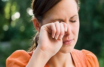 علت انواع چشم درد, علت درد چشم,دلایل درد چشم, ساییدگی سطحی قرنیه