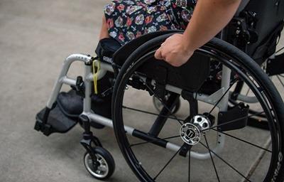 خرید ویلچر برقی, خرید ویلچر برای سالمندان